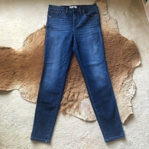 "Madewell 10"" High Rise Skinny Medium Wash Jeans"